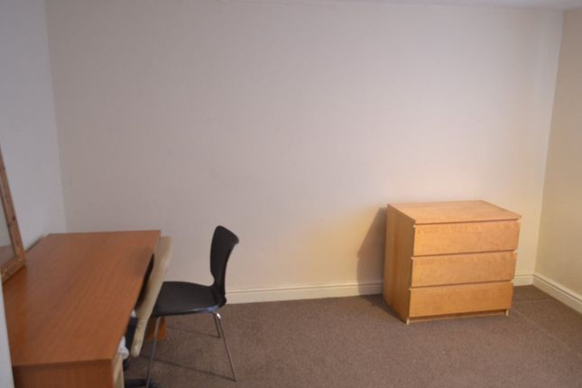 Thumbnail Room to rent in Derham Road, Bishopsworth, Bristol