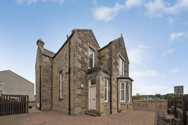 Thumbnail Flat to rent in Crescent, Johnstone