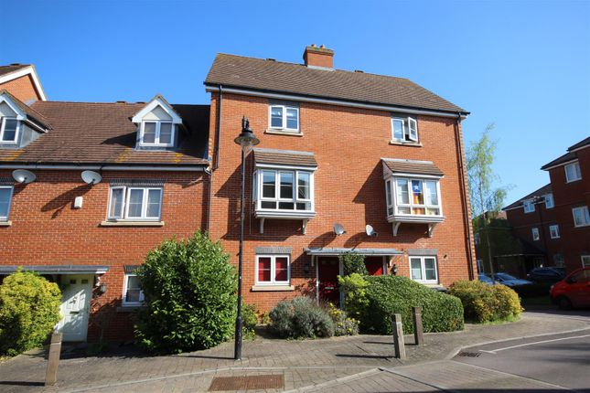 Thumbnail Town house to rent in Wolage Drive, Grove, Wantage