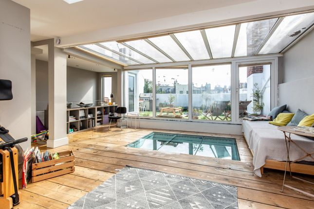 Thumbnail Terraced house for sale in Clifton Hill, Brighton
