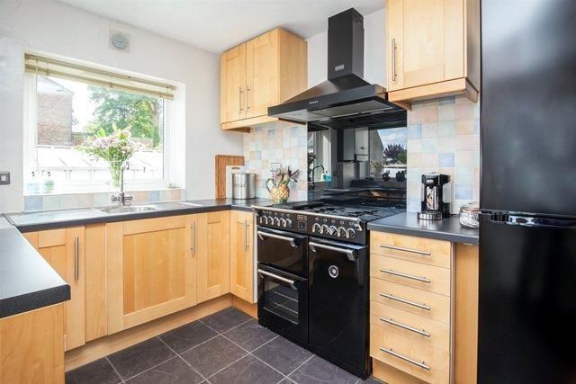 Thumbnail Flat to rent in Cranbrook Road, Hawkhurst, Cranbrook