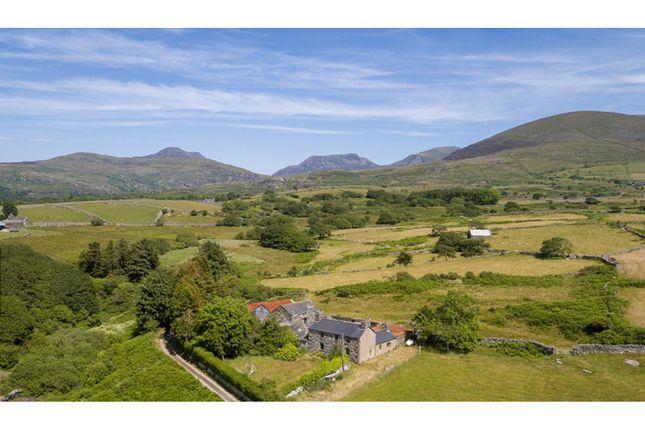 Thumbnail Farmhouse for sale in Llwynion Fechan, Dyffryn Ardudwy