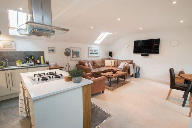 Thumbnail Flat for sale in Woldhurst Court, Runcton, Chichester