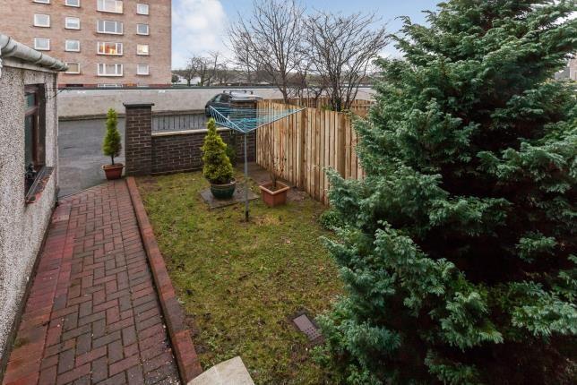 Rear Garden of Roxburgh Drive, Bearsden, Glasgow, East Dunbartonshire G61