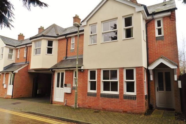 2 bed flat to rent in Priory Road, Bicester OX26