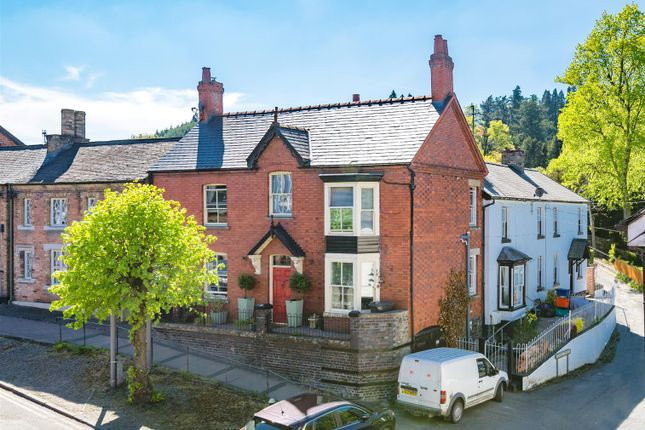 Thumbnail Property for sale in Clifton House, Long Bridge Street, Llanidloes