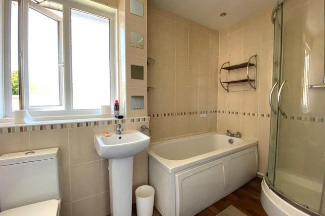 Bathroom of Chedworth Crescent, Cosham, Portsmouth PO6