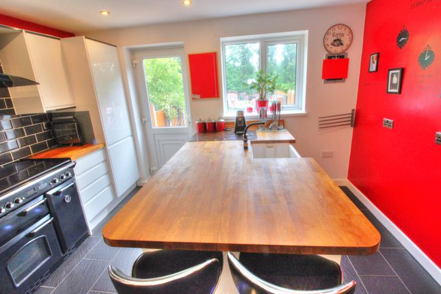 Kitchen3 of Delves Crescent, Walsall WS5