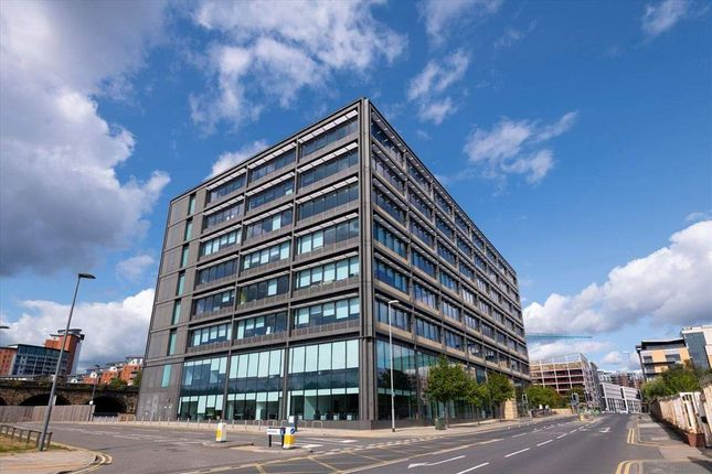 Office to let in Whitehall, Leeds