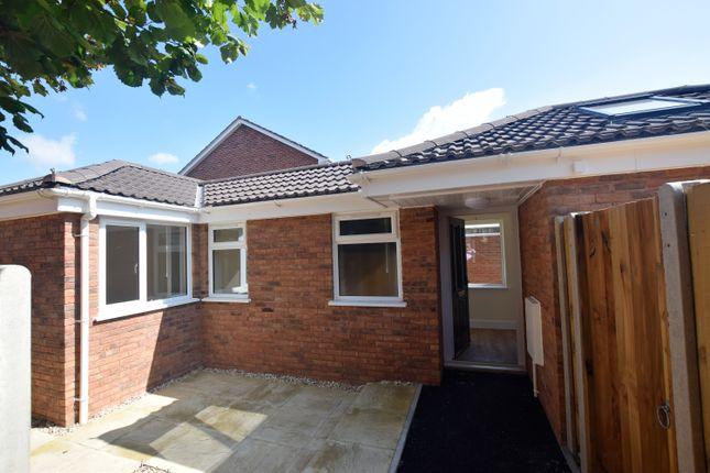Thumbnail Detached bungalow to rent in Monkton Heathfield, Taunton