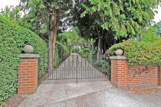 Entrance of Friday Lane, Gedling Village, Nottingham NG4