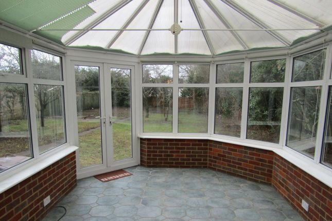 Thumbnail Detached house to rent in Linster Grove, Borehamwood