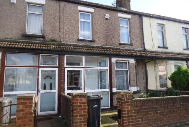 Thumbnail Terraced house to rent in Sussex Road, Southall