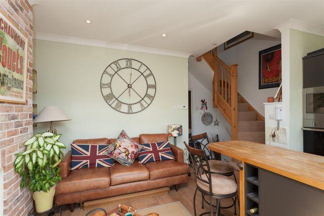 Lounge of Carlton Park Avenue, London SW20