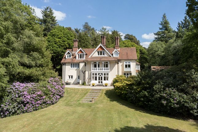 Thumbnail Detached house for sale in Huntington House Drive, Hindhead, Surrey