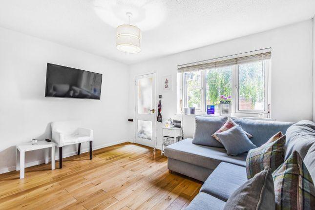 Thumbnail Property to rent in Rotherwood Close, Wimbledon
