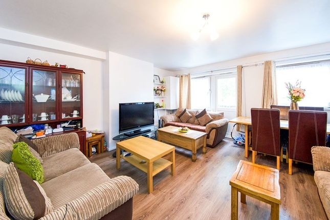 Thumbnail Flat for sale in St. Pauls Drive, London