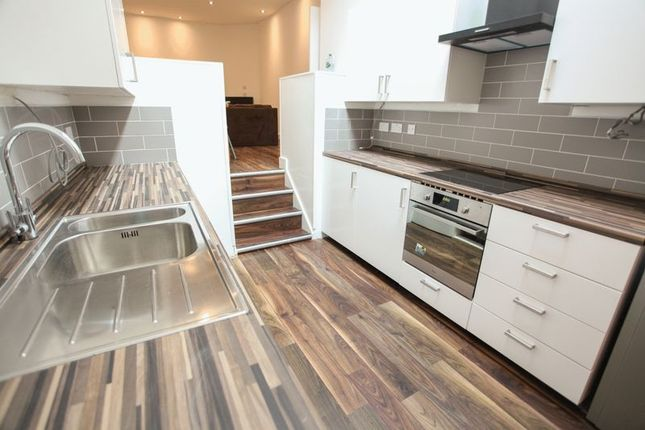 Thumbnail Flat to rent in Duke Street, Liverpool