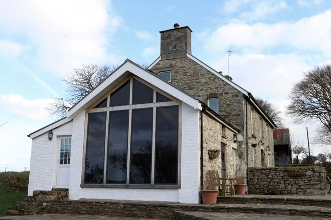 Thumbnail Country house for sale in Blaencelyn, Llangrannog