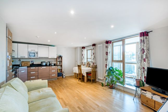 Living Room of Woolwich Road, London SE10