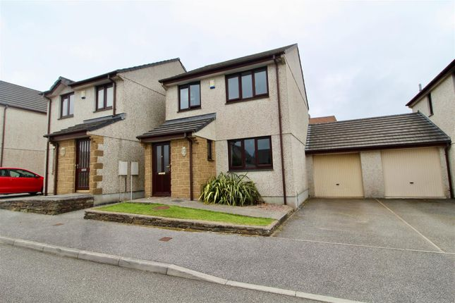 Thumbnail Link-detached house for sale in Gwarth An Drae, Helston