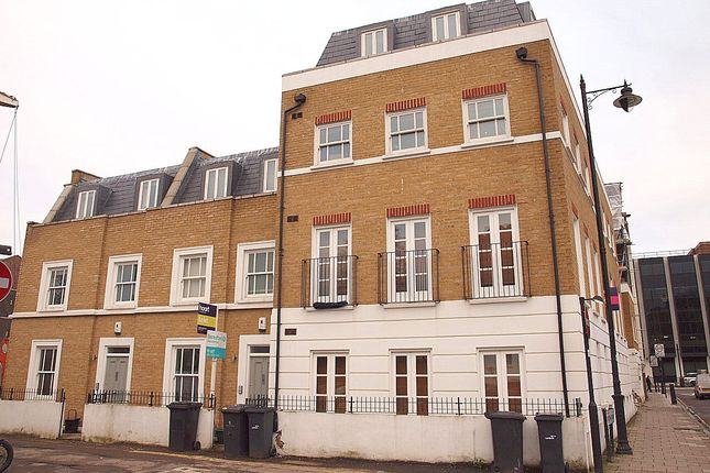 Thumbnail Terraced house to rent in Palfrey Place, London