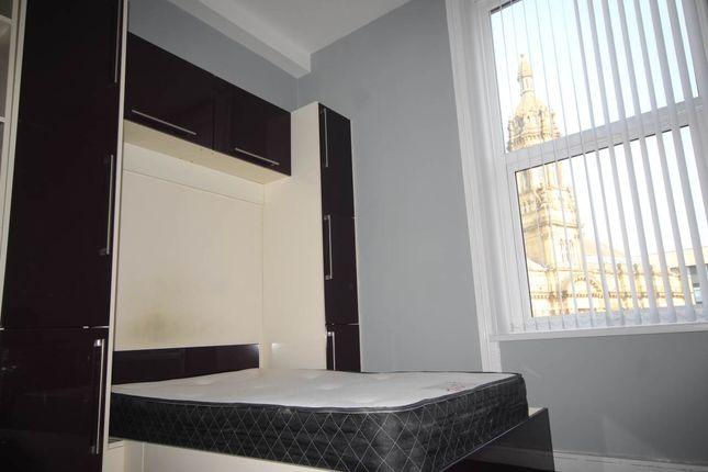 Thumbnail Flat to rent in Great Horton Road, Great Horton, Bradford