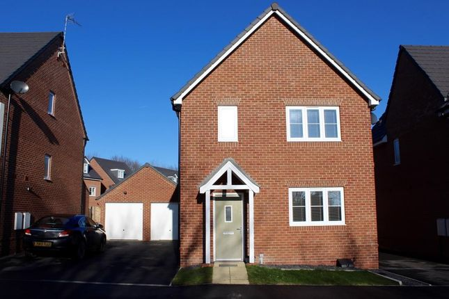 Thumbnail Property to rent in Moss Wood Court, New Broughton, Wrexham