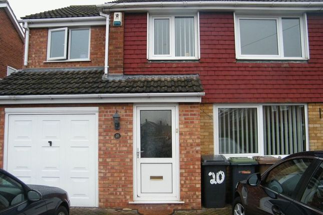 Thumbnail Semi-detached house to rent in Birch Close, North Hykeham, Lincoln