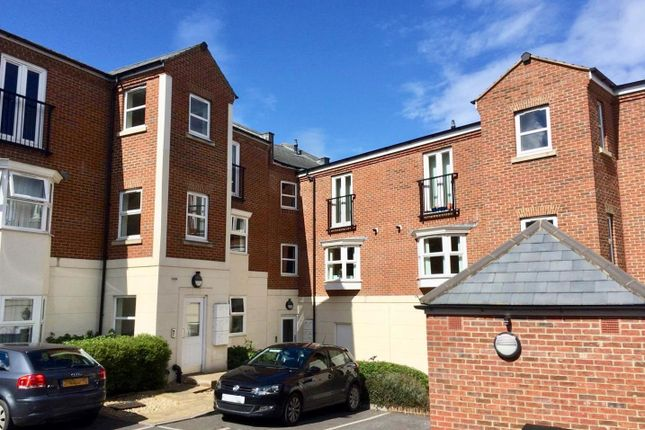 Thumbnail Flat for sale in East Reach, Taunton