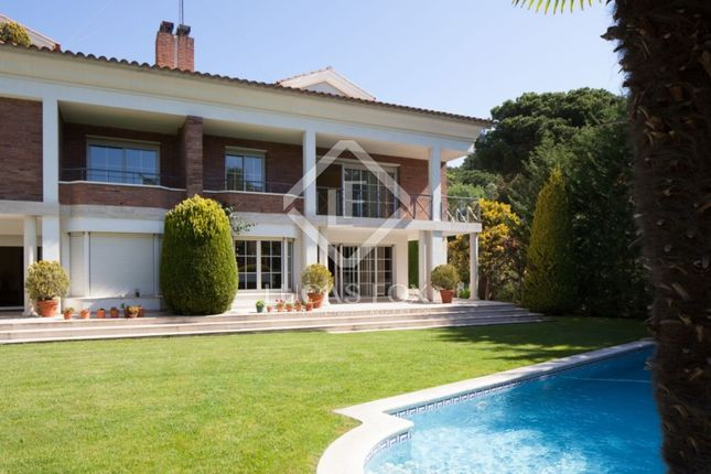 Thumbnail Villa for sale in Spain, Barcelona, Sant Cugat / Valldoreix, Lfs4738