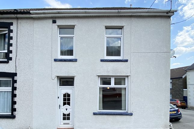 4 bed end terrace house for sale in Abergwawr Place, Aberdare, Mid Glamorgan CF44
