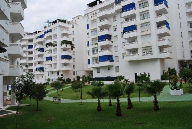 3 bed apartment for sale in Spain, Málaga, Marbella, Nueva Andalucía