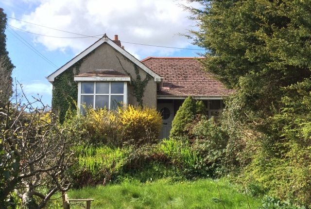 3 bed bungalow for sale in Fernleigh Road, Wadebridge