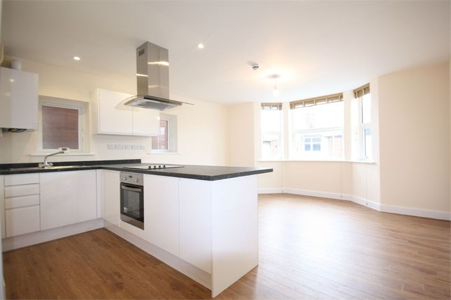 Thumbnail Flat to rent in Station Road, Beeston, Nottingham