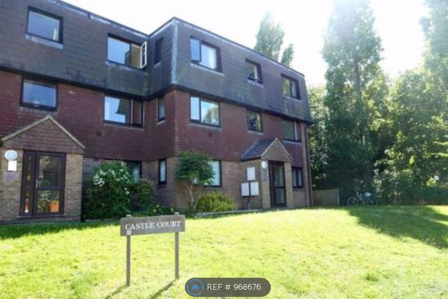 1 bed flat to rent in Castle Court, Lewes BN7