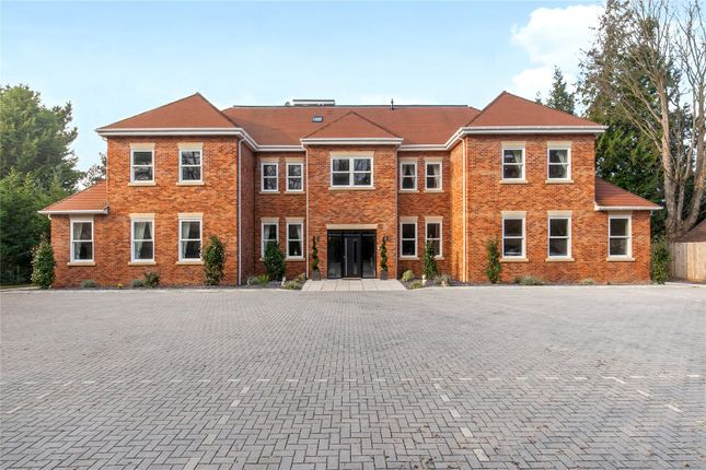 Thumbnail Flat for sale in Skyfall, 39 Brook Lane, Warsash, Hampshire