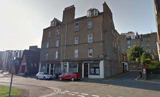 2 bed flat to rent in Dudhope Crescent Road, Dundee