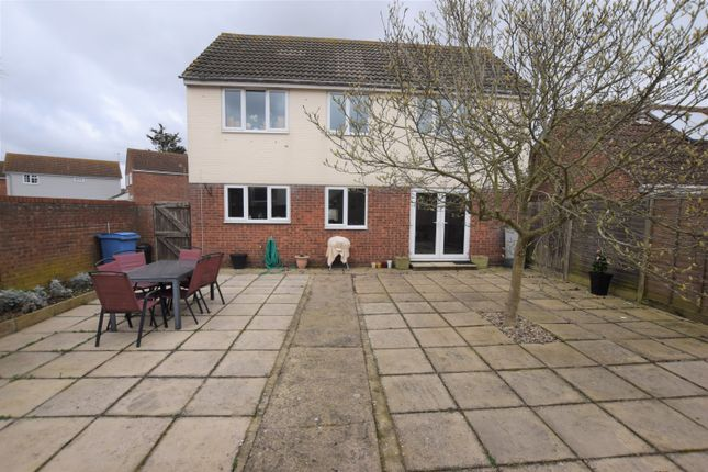Thumbnail Detached house to rent in Richard Avenue, Wivenhoe, Colchester