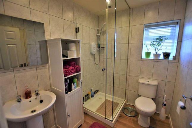 Shower Room of St. Johns Drive, Ingoldmells, Skegness PE25
