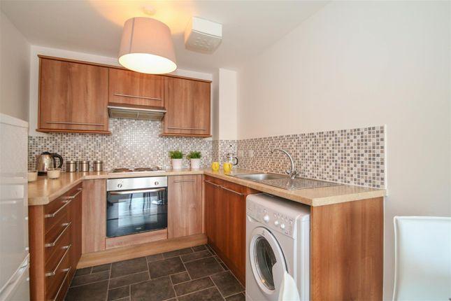 Kitchen 2 (2) of City Link, Hessel Street, Salford M50