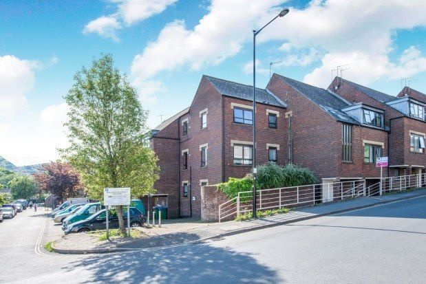 2 bed property to rent in North Street, Lewes BN7