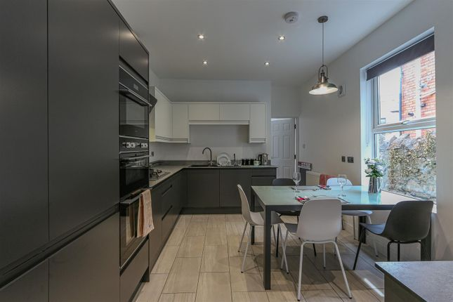 Thumbnail Room to rent in Romilly Road, Canton, Cardiff