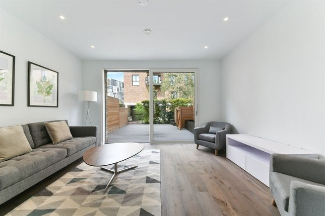 Thumbnail Link-detached house to rent in Wansey Street, London