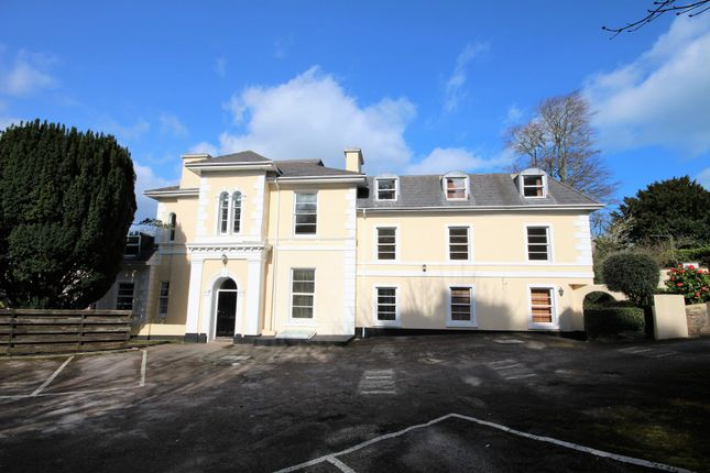 2 bed flat to rent in Higher Erith Road, Torquay TQ1