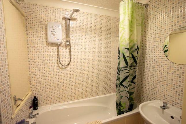 Bathroom of Halifax Road, Ripponden, Sowerby Bridge HX6