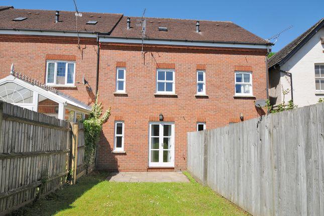Thumbnail Flat to rent in St. Johns Hill, Sevenoaks