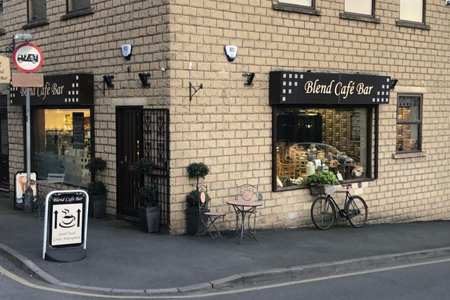 Restaurant/cafe for sale in Cleckheaton, West Yorkshire