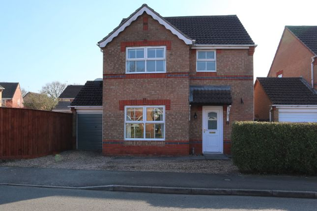 3 bed detached house for sale in Fox Covert, South Hykeham, Lincoln LN6