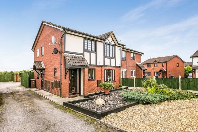 Thumbnail Flat for sale in Smale Rise, Oswestry